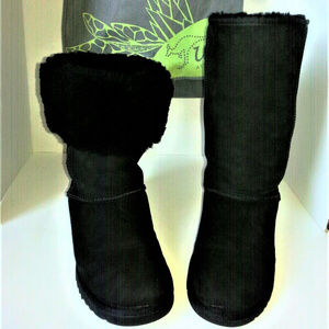 UGG CLASSIC TALL II BLACK BOOTS + 2 FREE UGG BOGOS